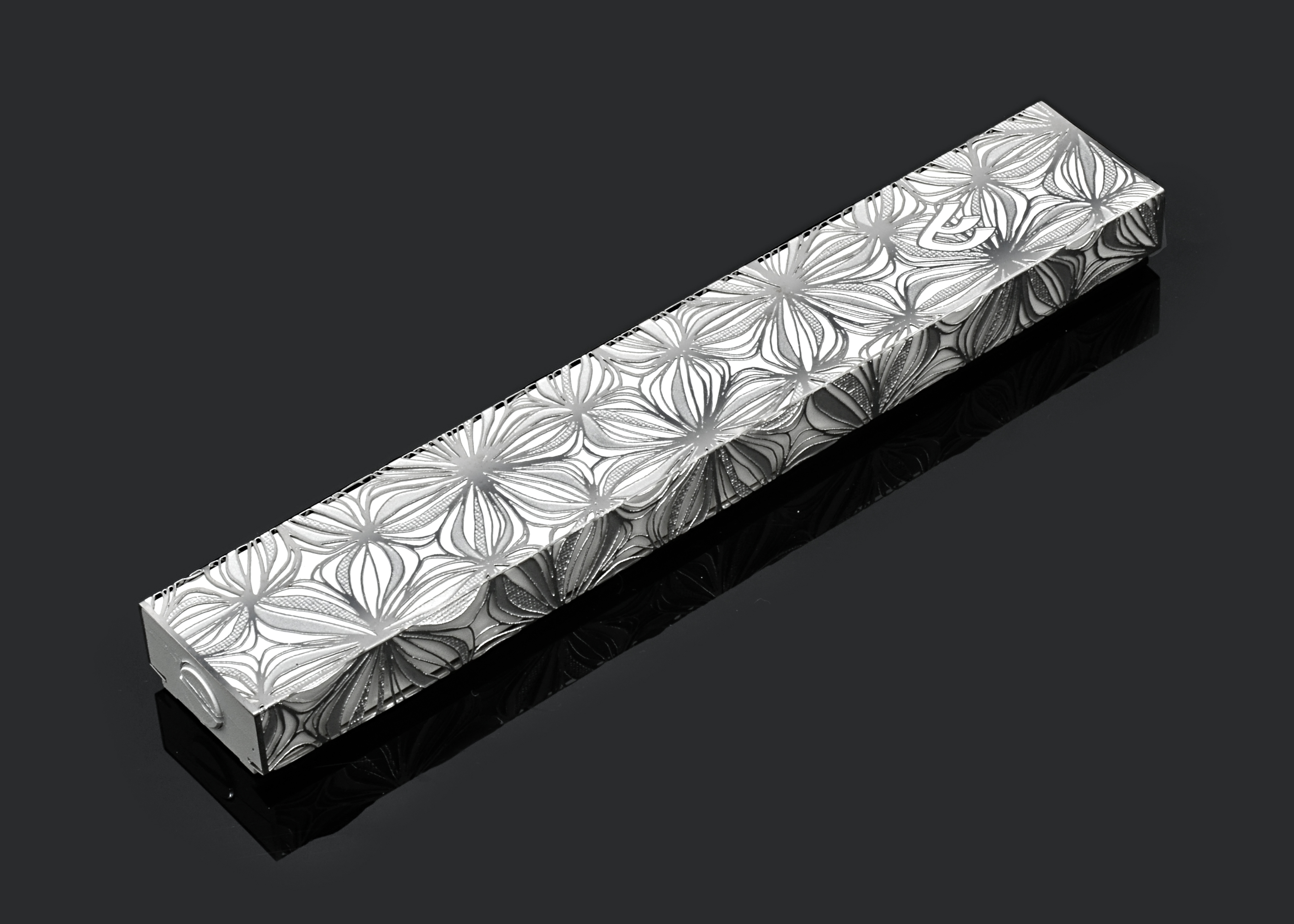 Flower Shadows XL W by Metal Lace Art