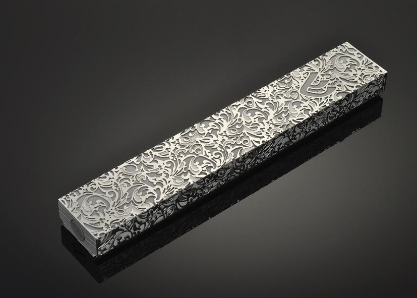 Royal Jacquard L S by Metal Lace Art